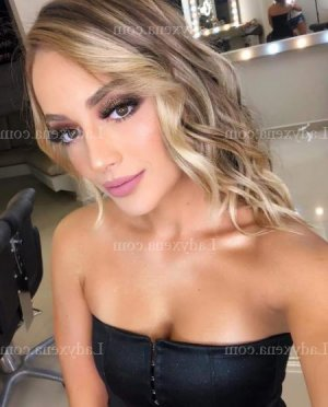 Tyffene massage érotique escort
