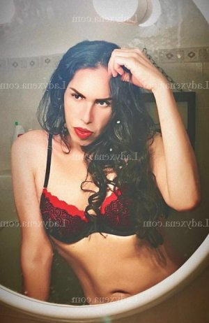 Husna escorte girl massage tantrique sexemodel