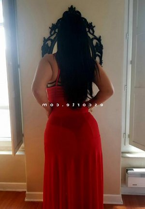 Natidja sexemodel escorte